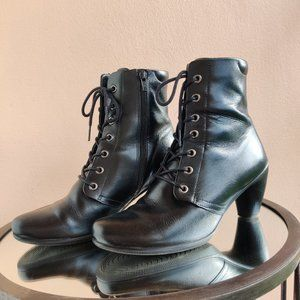 Ecco Leather Lace-up Booties